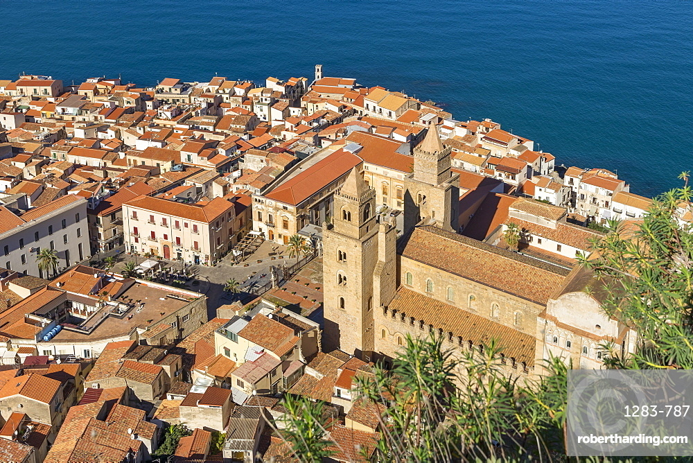 View from Rocca di Cefalu down to the old town and the cathedral, Cefalu, Sicily, Italy, Europe