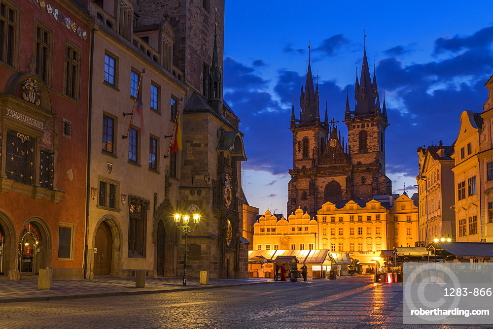 Our Lady before Tyn Church and the old town market square at dawn, Prague, Bohemia, Czech Republic, Europe