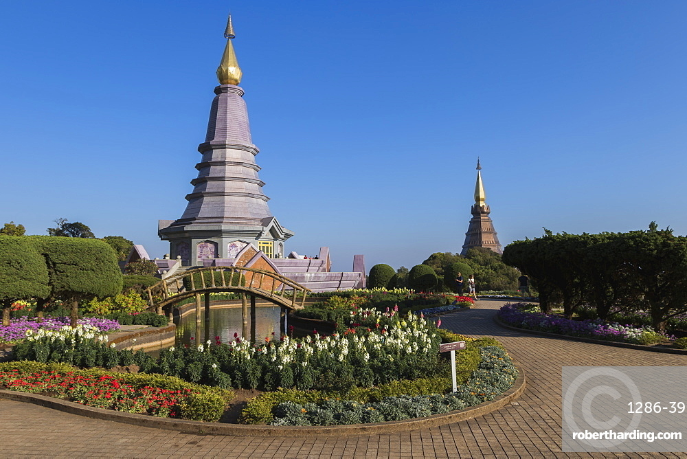 King and Queen Pagodas, Doi Inthanon