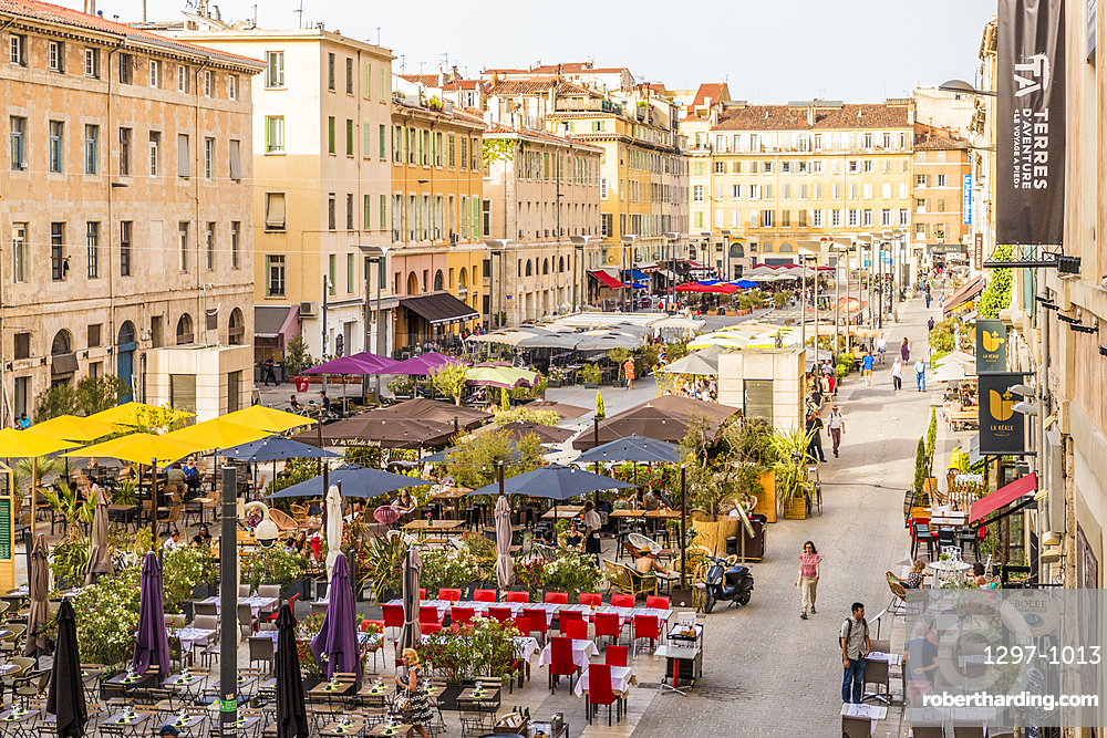 Outdoor Cafes in Marseille, Bouches du Rhone, Provence, Provence Alpes Cote d'Azur, French Riviera, France, Mediterranean, Europe