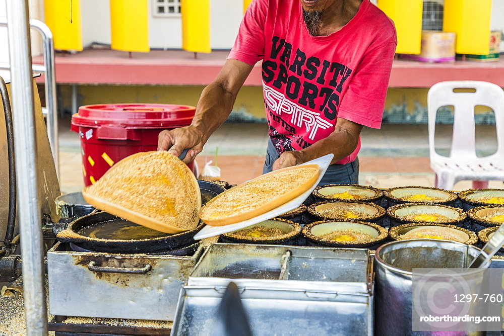 A local corn cake stall in George Town, Penang Island, Malaysia, Southeast Asia, Asia