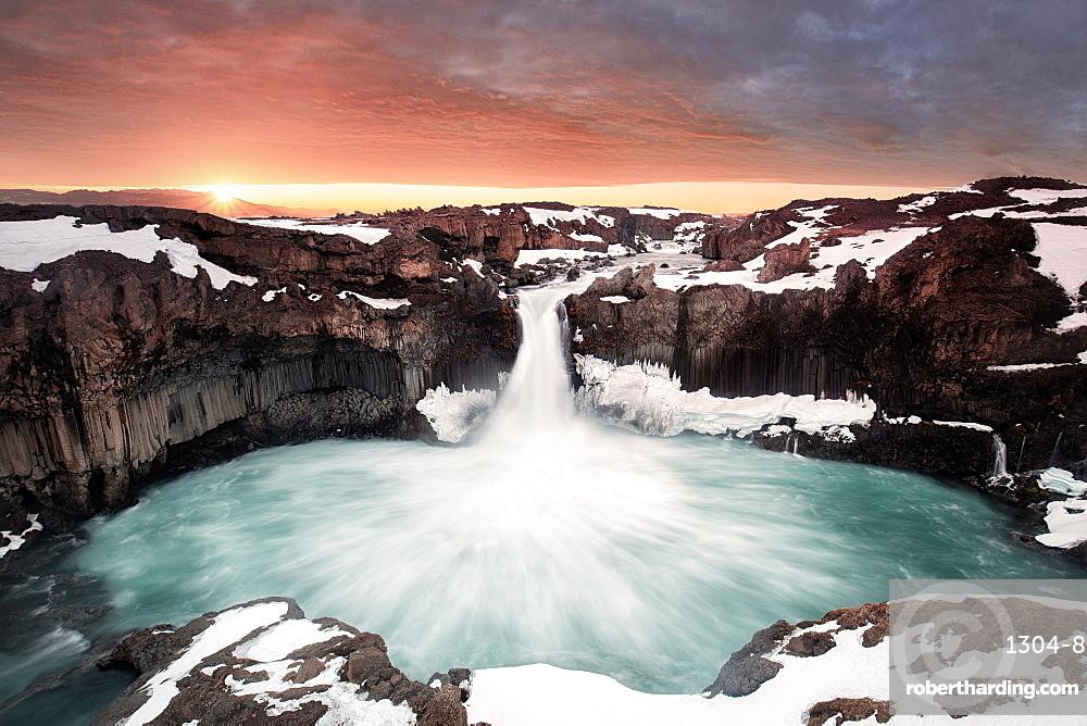 Aldeyjarfoss, hard to get near especially in winter, Iceland, Polar Regions