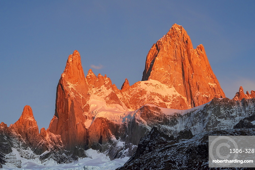 Mountain range of Cerro Fitz Roy and Cerro Torre at sunrise, Los Glaciares National Park, El Chaltén, Santa Cruz Province, Patagonia,