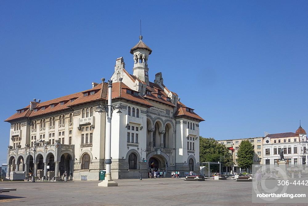 Ovidiu Square and Archaeological Museum, Constanta, Romania, Europe