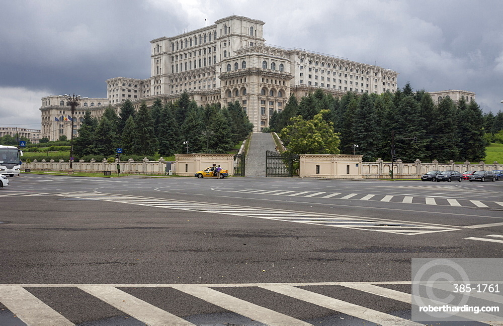 Nicolae Ceausescu building Palace of Parliament, constructed 1984 to 1987, fashioned on Pyongyang North Korea, Bucharest, Romania, Europe