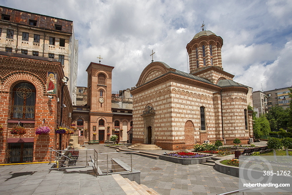 Curtea Veche Church built by Mircea Ciobanul in 1559, Orthodox Romanian, part of palace during the rule of Vlad III Dracula, Bucharest, Romania, Europe