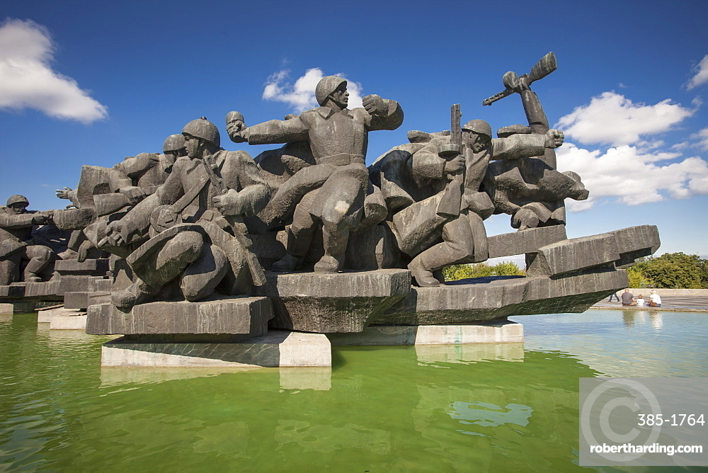 Soviet monument to the Crossing of the Dnieper at Museum of The History of Ukraine in World War II, Kiev, Ukraine, Europe