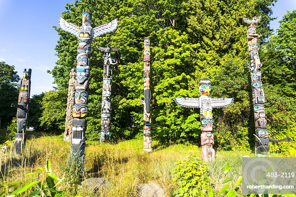 Totems, Stanley Park, Vancouver, British Columbia, Canada, North America