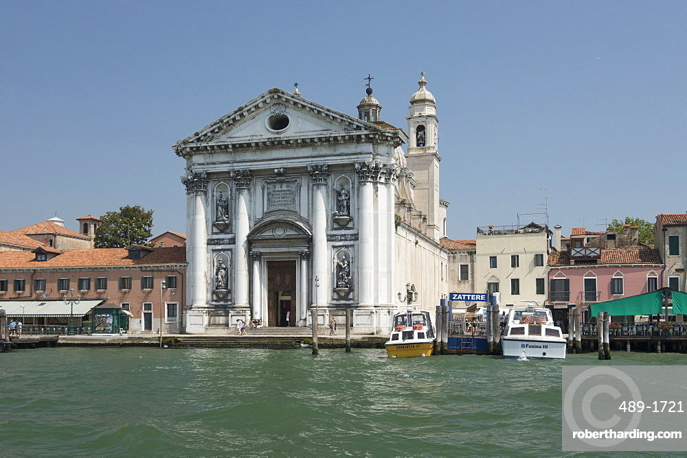 Church of Santa Maria di Visitazione from Giudecca Canal, Venice, UNESCO World Heritage Site, Veneto, Italy, Europe