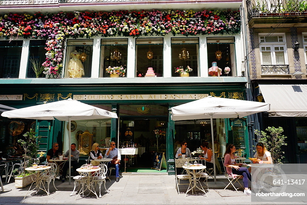 Cafe, Porto (Oporto), Portugal, Europe