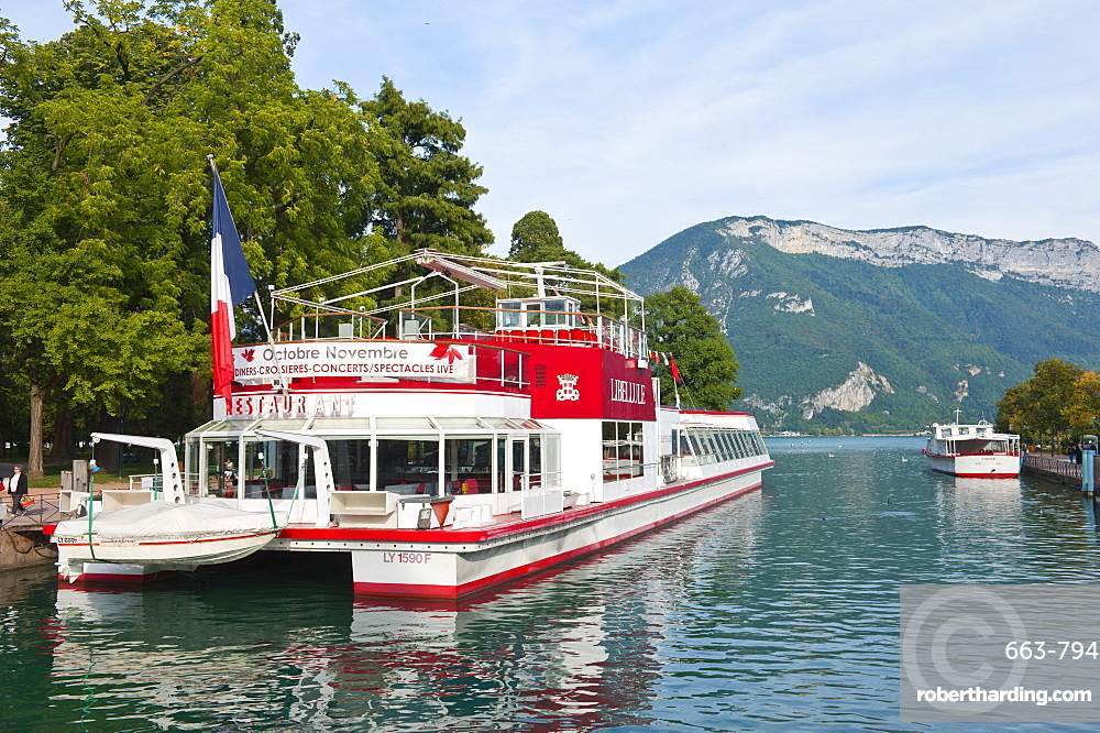 Pleasure cruise boats at Annecy, Haute-Savoie, France, Europe