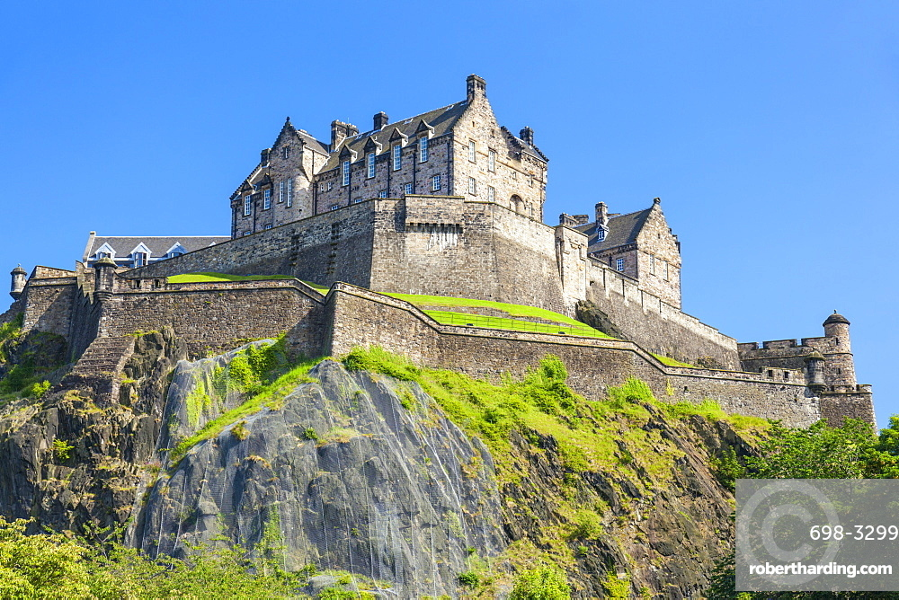 Edinburgh castle,an historic fortress, Castle Rock, Castlehill Edinburgh old town, Midlothian, Scotland, UK, GB, EU, Europe