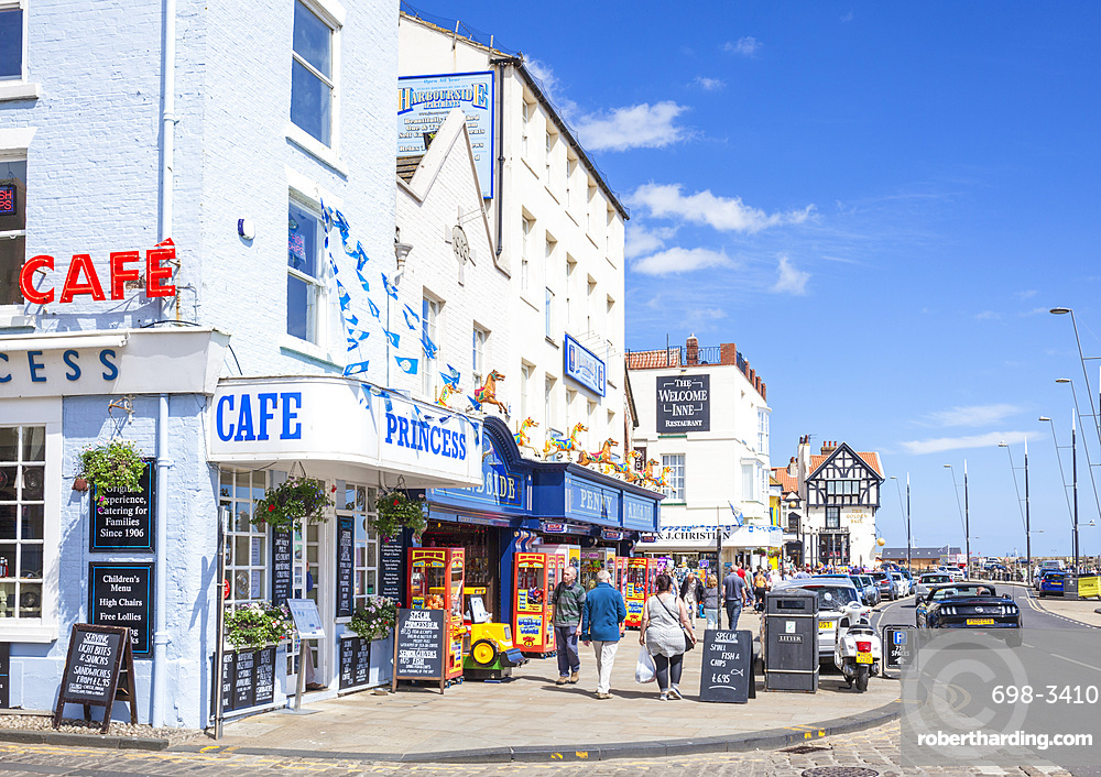 Scarborough South Bay sea front cafes and shops, Scarborough, North Yorkshire, England, United Kingdom, Europe