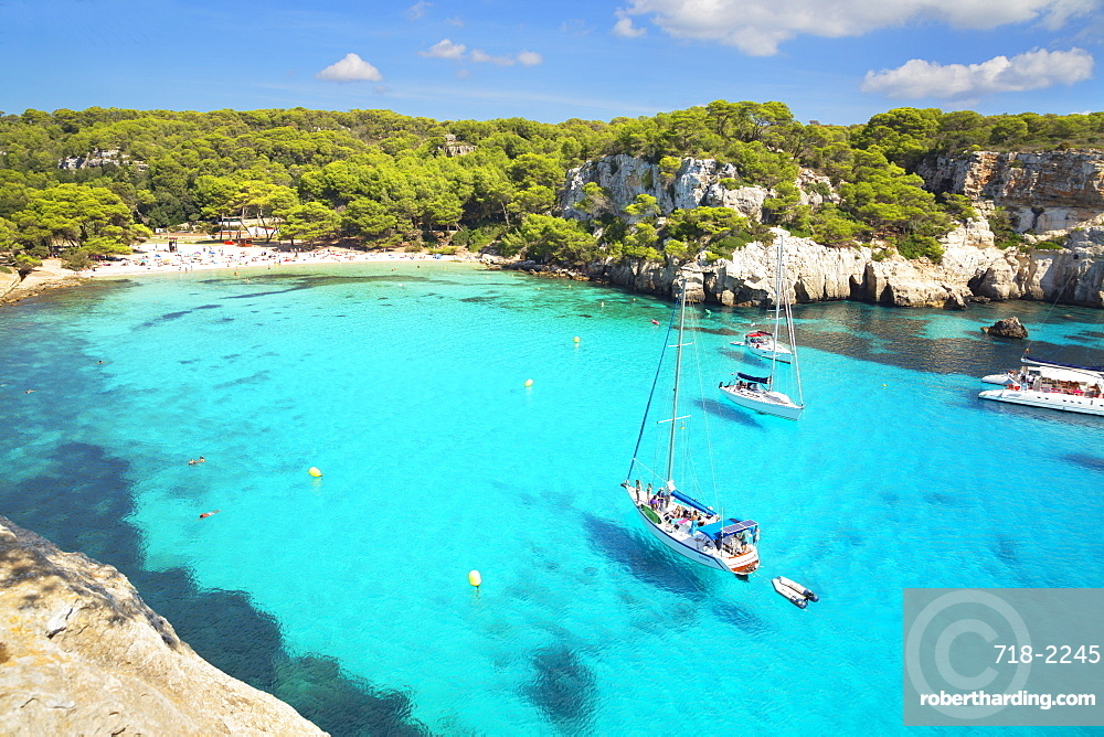 View of Cala Macarella and sailboats, Menorca, Balearic Islands, Spain, Mediterranean, Europe