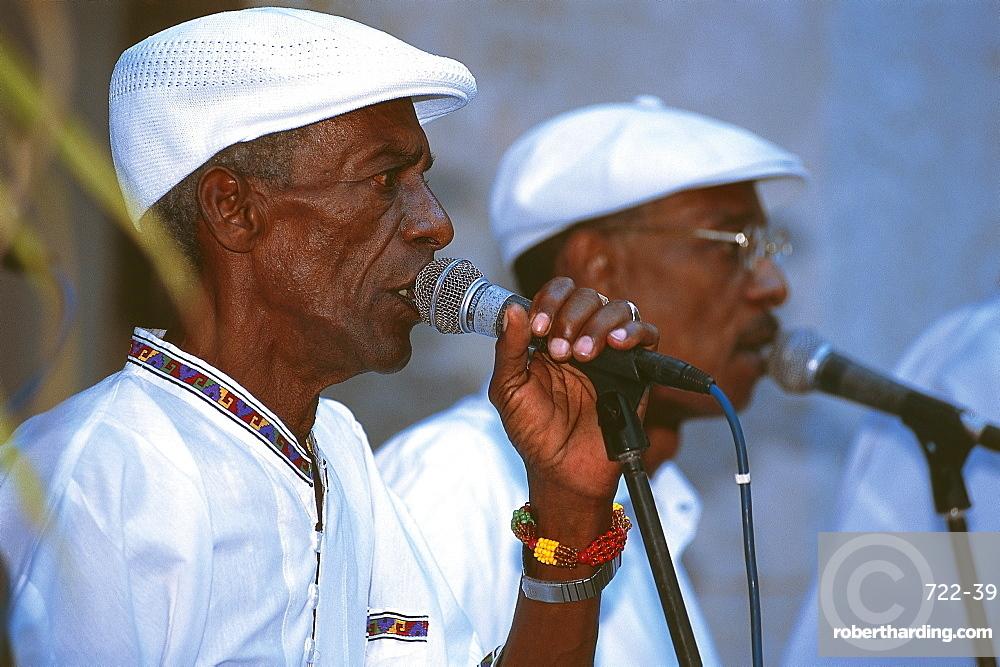 Cuba for singles