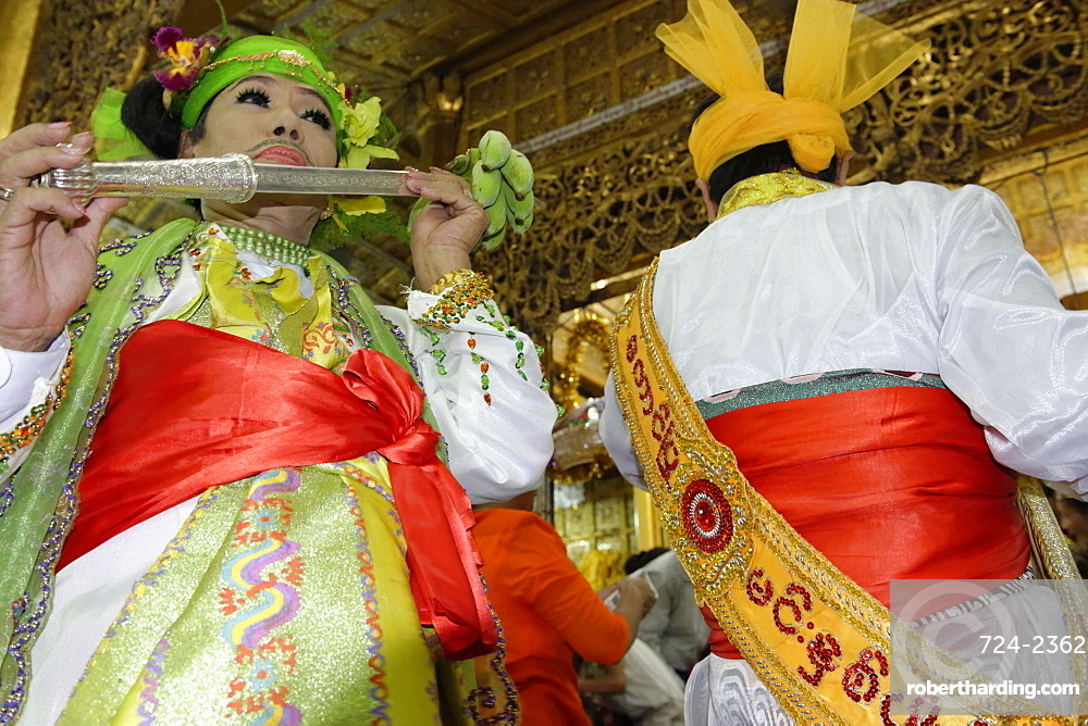 The biggest Nat ritual (Festival of Spirits) held in Taungbyon, Mandalay Division, Republic of the Union of Myanmar (Burma), Asia
