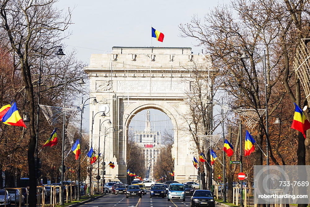 Arc de Triomph (Arch of Triumph), Bucharest, Romania, Europe