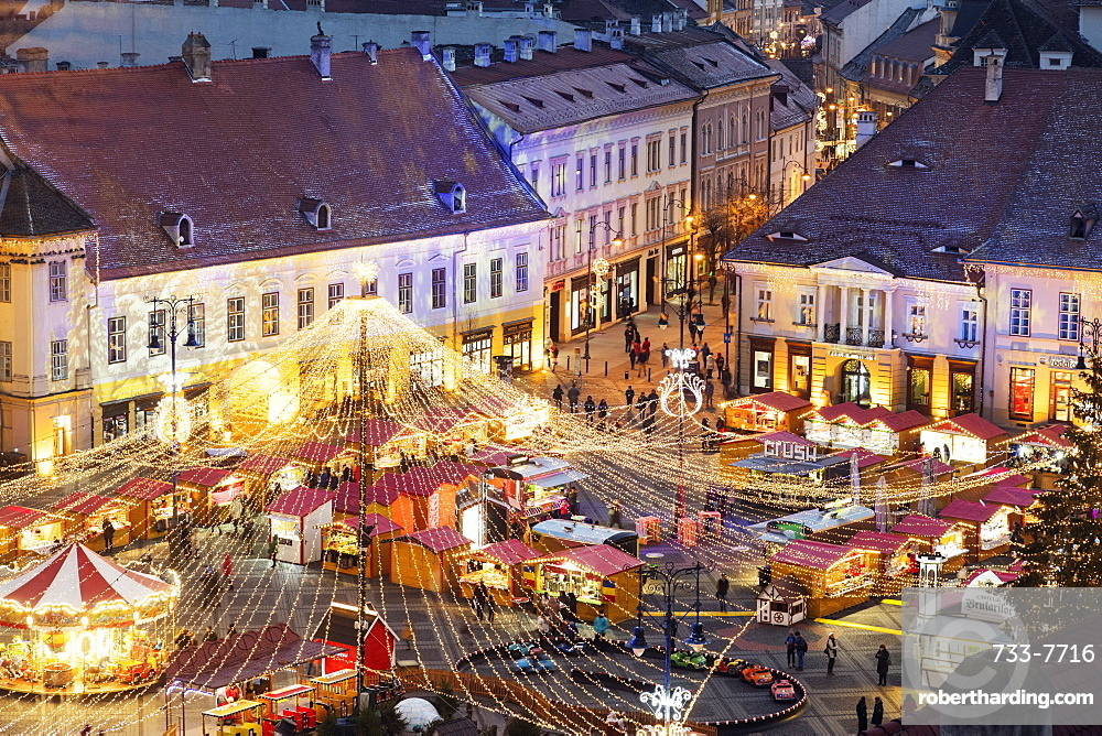 Christmas market in Plaza Piata Mare, Sibiu, Romania, Europe