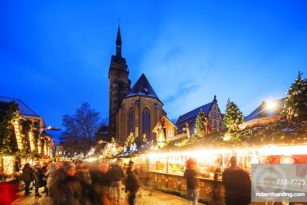 Collegiate Church (Stiftskirche), Christmas market, Schillerplatz, Stuttgart, Baden-Wurttemberg, Germany, Europe
