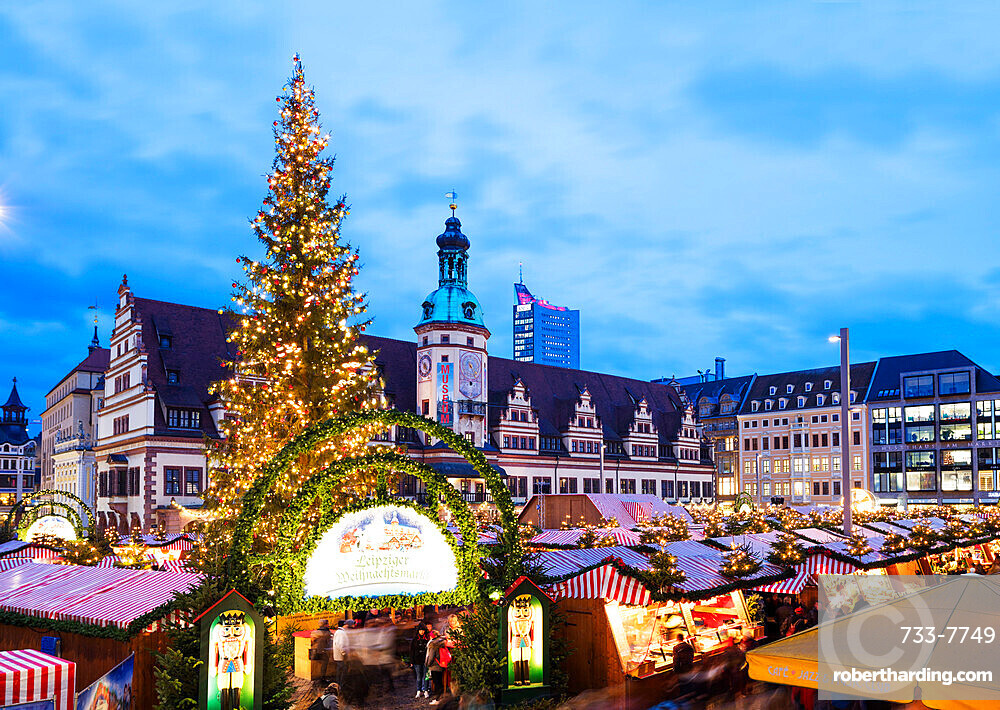 Leipzig Christmas market, Old Town Hall (Altes Rathaus), Leipzig, Saxony, Germany, Europe
