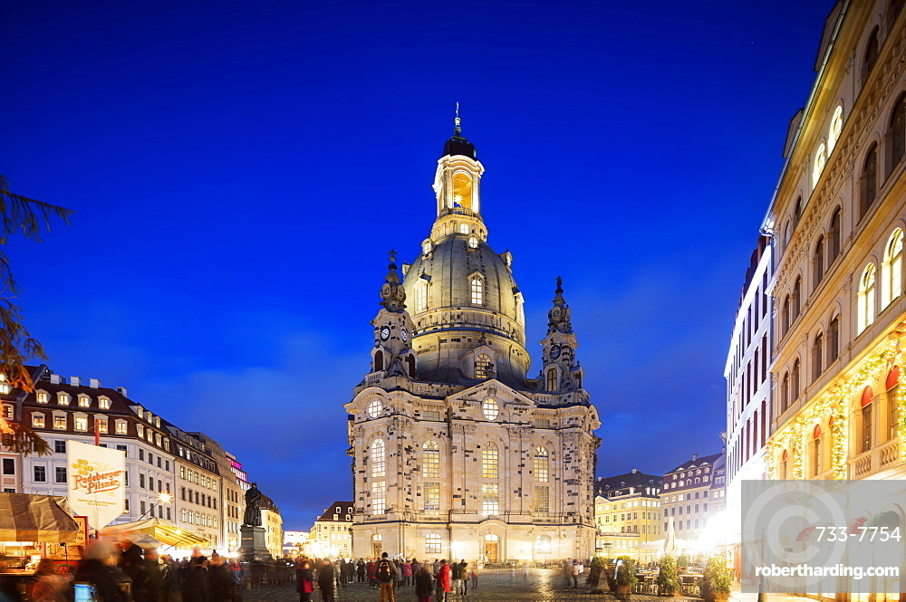 Neumarkt, Frauenkirche (Church of Our Lady) and statue of Martin Luther, Dresden, Saxony, Germany, Europe