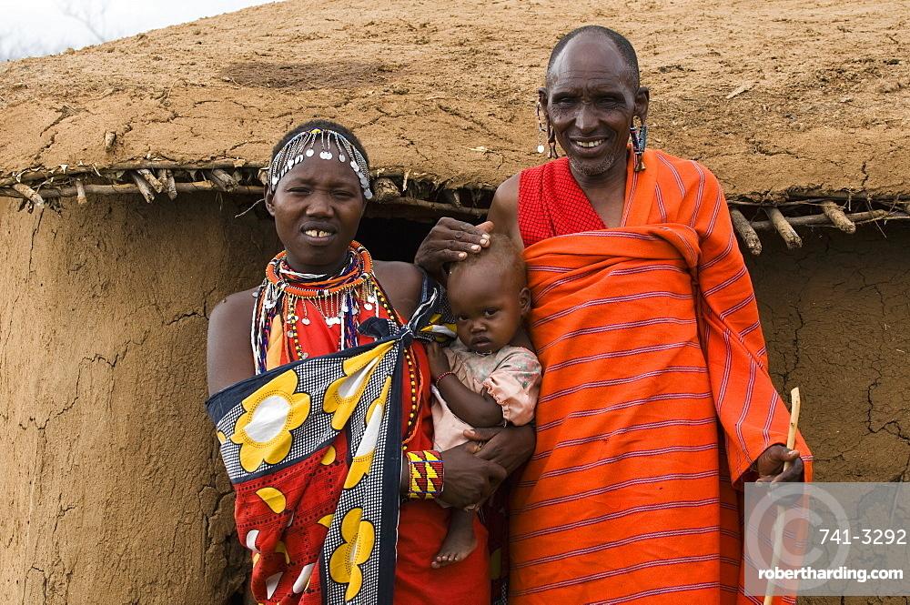 Masai family, Masai Mara, Kenya, East Africa, Africa