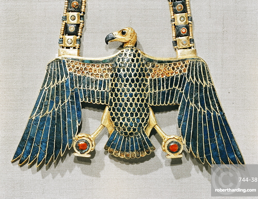 Pendant in gold cloisonne depicting Nekhabet, vulture-goddess of the South, from the tomb of the pharaoh Tutankhamun, discovered in the Valley of the Kings, Thebes, Egypt, North Africa, Africa