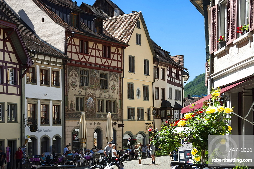 Traditional architecture, Street scene, Stein am Rhein, Canton of Schaffhausen, Switzerland, Europe
