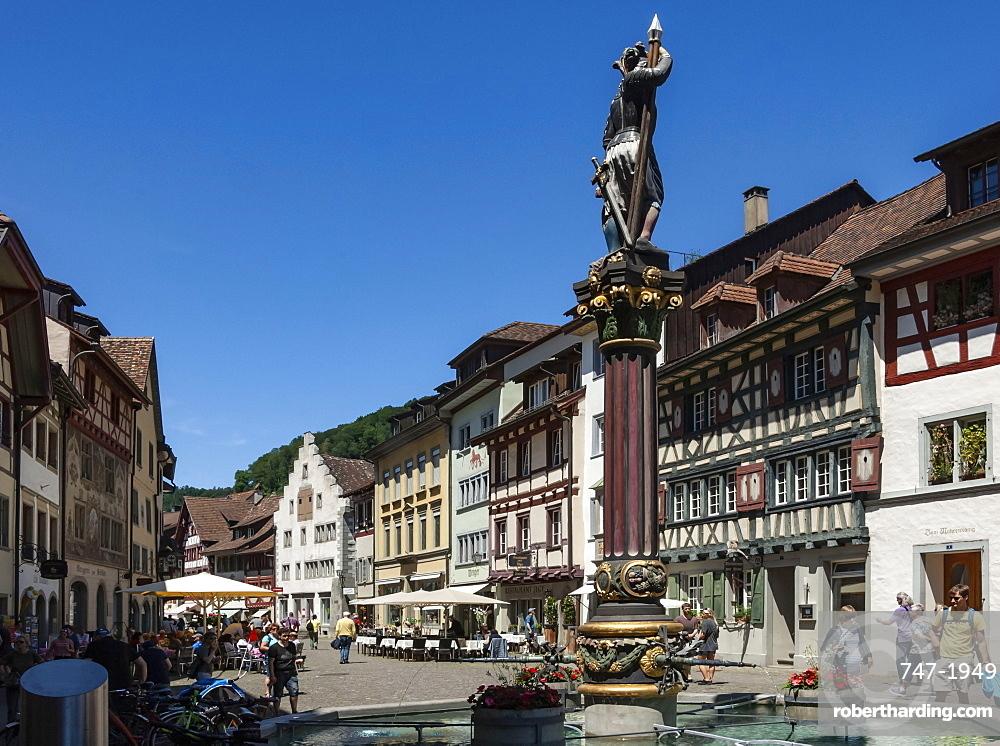 Street scene, fountain with Historic Market Cross, Stein am Rhein, Canton of Schaffhausen, Switzerland, Europe
