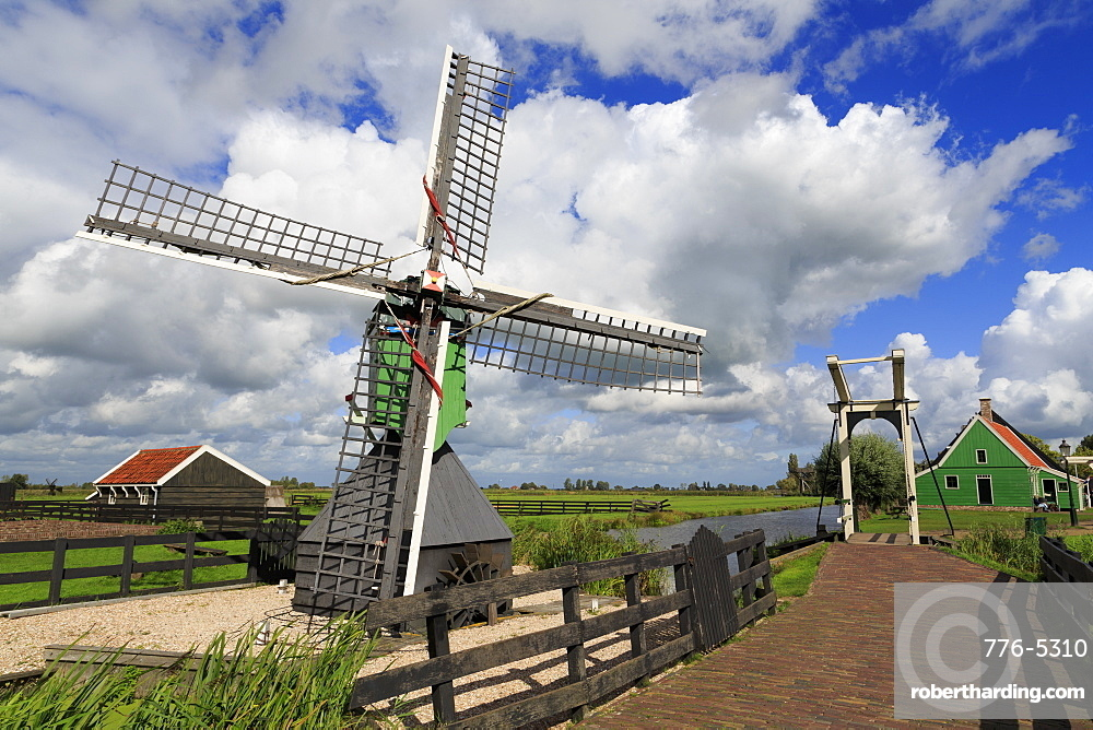 Windmill, Zaanse Schans Historical Village, Zaandam, North Holland, Netherlands, Europe