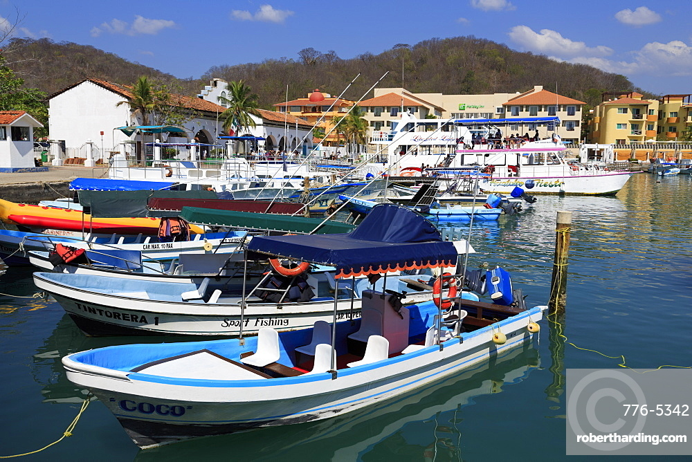 Santa Cruz Marina, Huatulco, State of Oaxaca, Mexico, North America