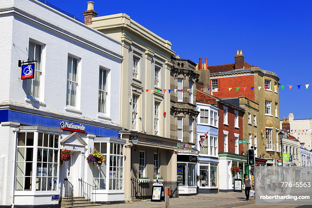 High Street, Lymington Town, Hampshire, England, United Kingdom, Europe