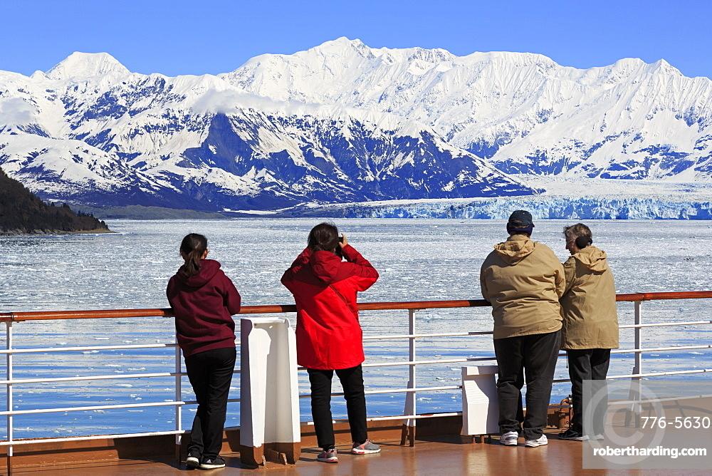 Cruise Ship, Hubbard Glacier, Disenchantment Bay, Alaska, United States of America, North America