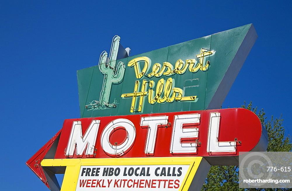 Desert Hills Motel Sign, Historic Route 66, Downtown Tulsa, Oklahoma, United States of America, North America