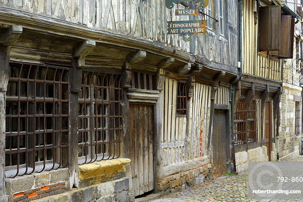 Museum of Ethnography, medieval half timbered building, Rue de la Prison, Honfleur, Basse Normandie (Normandy), France, Europe