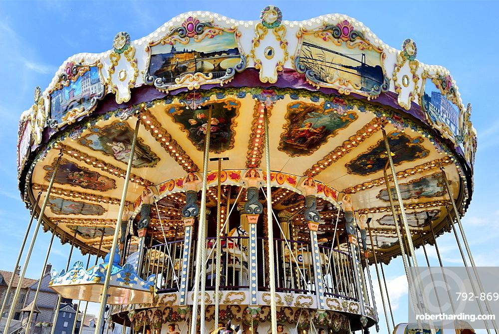 Vintage Carousel, Quai Sainte Etienne, Honfleur, Calvados, Basse Normandie (Normandy), France, Europe