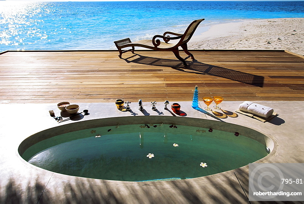 Spa bath, Maldives, Indian Ocean, Asia