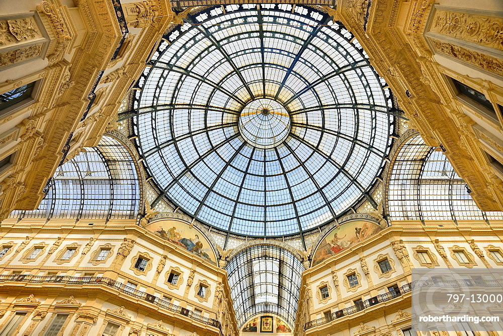 Italy, Lombardy, Milan. Galleria Vittorio Emanuele, Looking upwards towards the dome.
