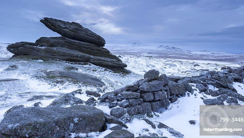 Belstone Tor and Irishman's Wall on a snowy winter morning, Dartmoor, Devon, England, United Kingdom, Europe