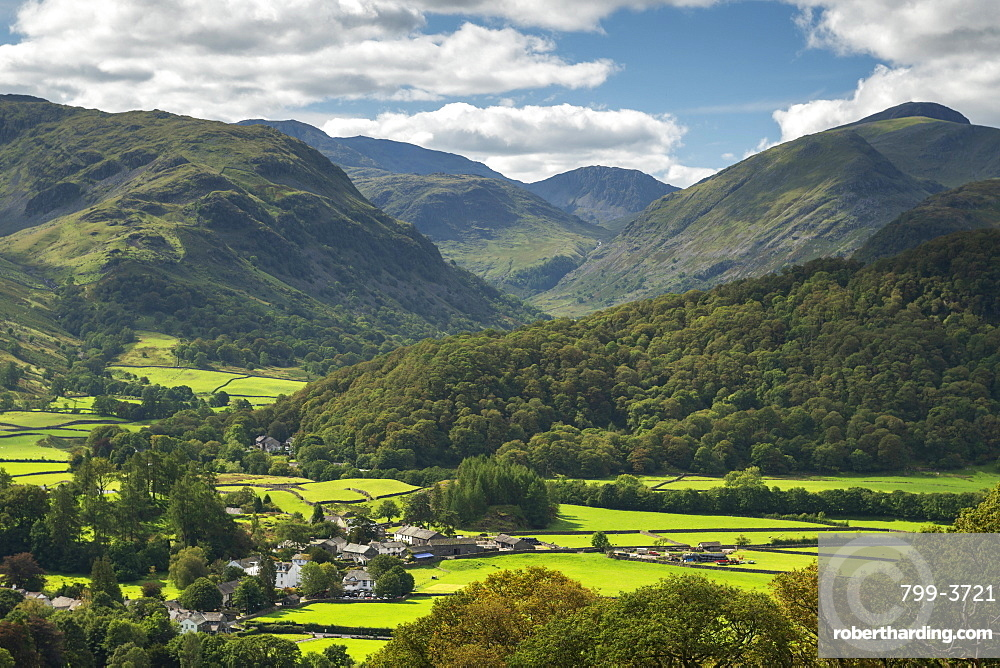 The village of Rosthwaite in the Borrowdale Valley, Lake District National Park, UNESCO World Heritage Site, Cumbria, England, United Kingdom, Europe
