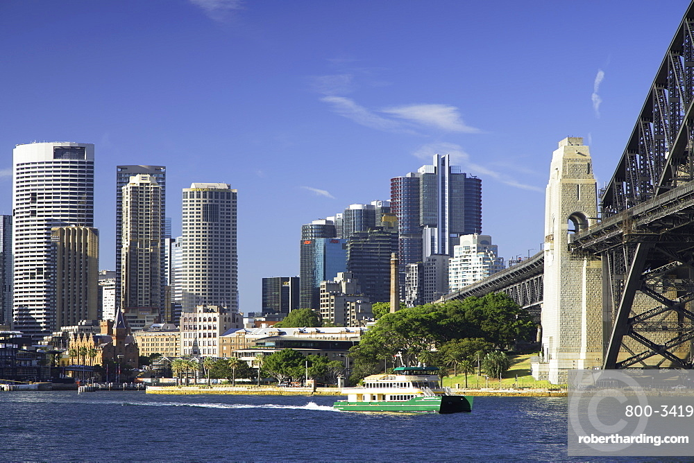 Sydney Harbour Bridge and skyline, Sydney, New South Wales, Australia, Pacific