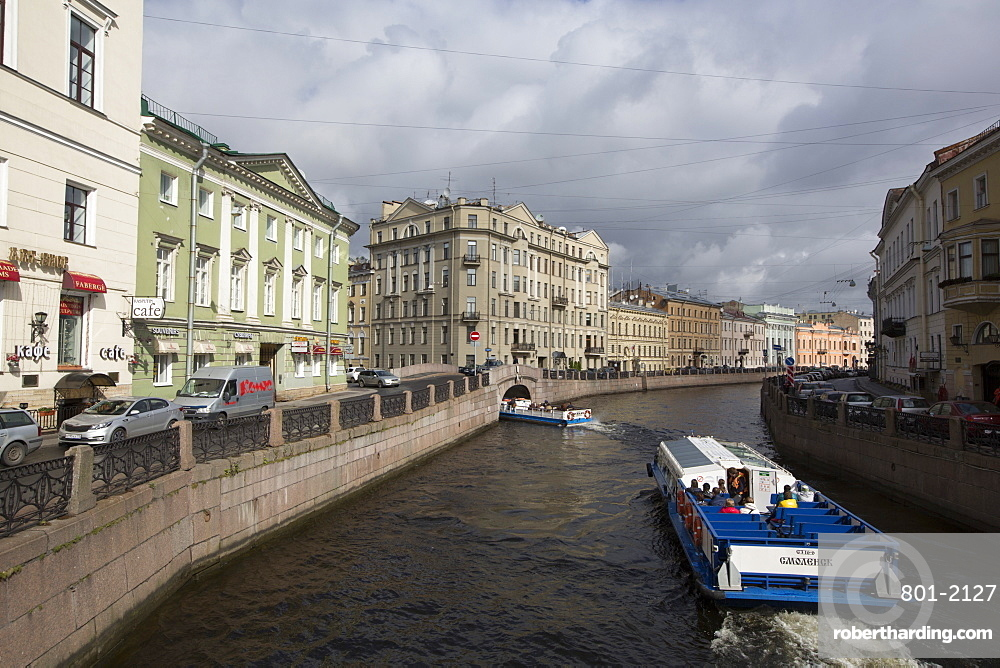 Tour boats on the Moika River, UNESCO World Heritage Site, St. Petersburg, Russia, Europe