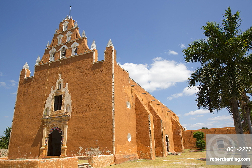 Church of the Virgen de la Asuncion, formerly a convent, 1612, Mama, Route of the Convents, Yucatan, Mexico, North America