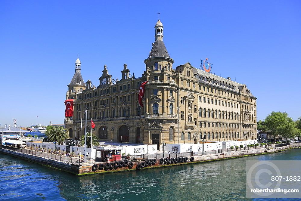 Historic Haydarpasa Railway Station, Neo-Renaissance architecture, Kadikoy, Asian Side, Istanbul, Turkey, Anatolia, Asia Minor, Eurasia