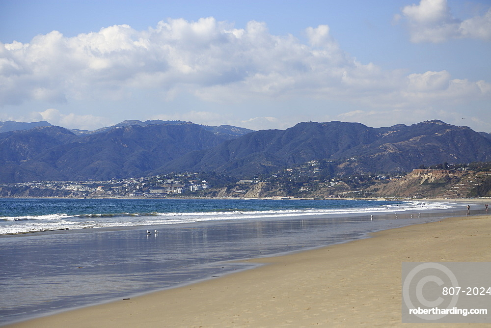 Beach, Santa Monica, Pacific Ocean, Malibu Mountains, Los Angeles, California, United States of America, North America