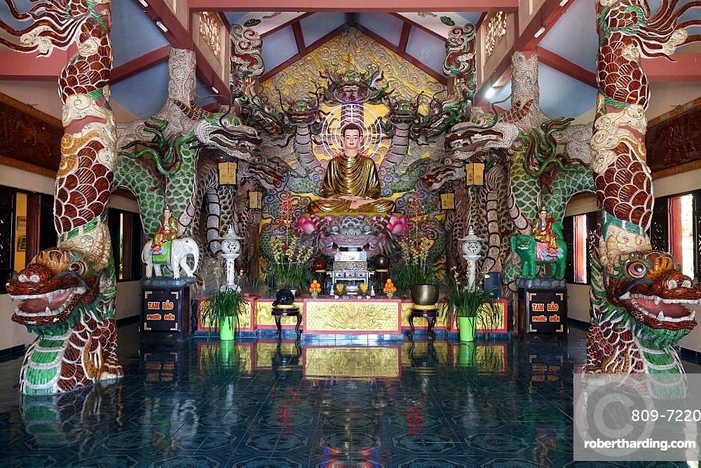 Main altar with Shakyamuni Buddha statue, Van Hanh Zen Buddhist Monastery, Dalat, Vietnam, Indochina, Southeast Asia, Asia