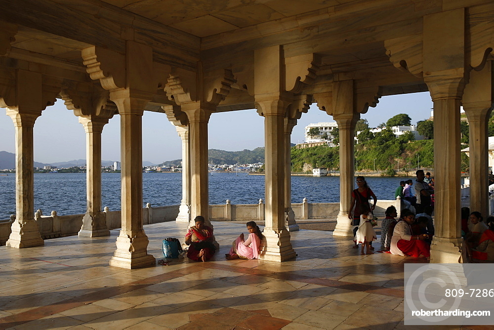 Baradari built by Shah Jahan at Lake Anasagar, Ajmer, Rajasthan, India, Asia