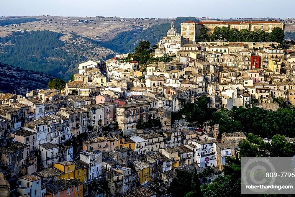 View of Ragusa Ibla, UNESCO World Heritage Site, Sicily, Italy, Mediterranean, Europe