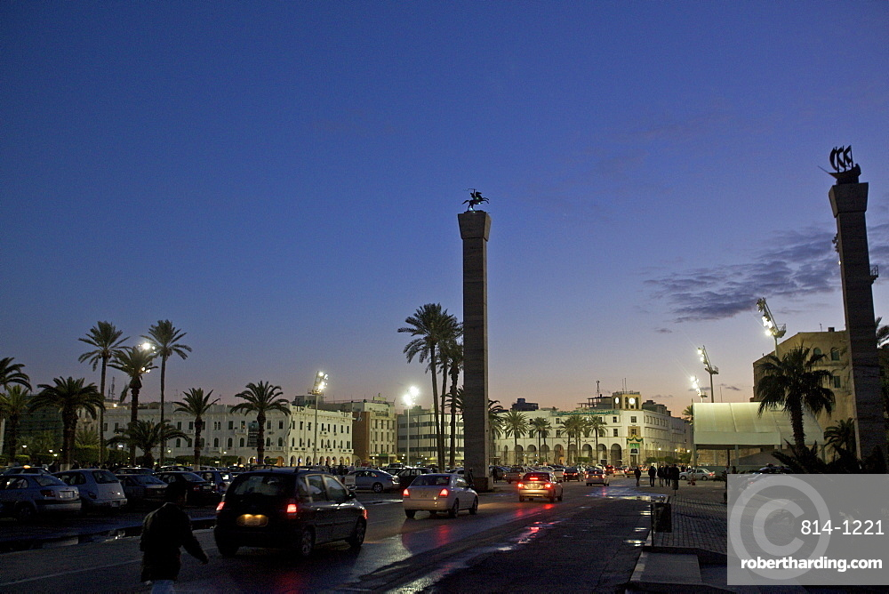 The Piazza Verde of Tripoli between the sea front and the entrance of the Medina and suk, Tripoli, Libya, North Africa, Africa