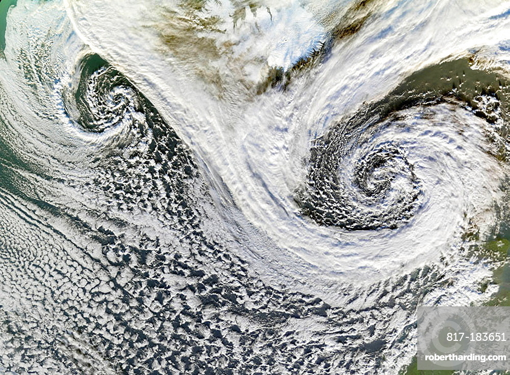 Two cyclones formed in tandem in November 2006